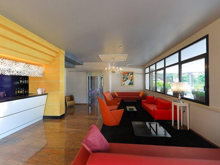 Hotel San Marco - Una vacanza da sogno nell\'azzurro del Lago ...